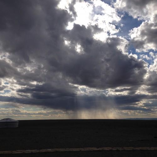 137 ciel orage magnifique Mongolie