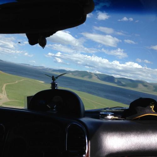 69Terkhiin Tsagan nuur vue depuis voiture