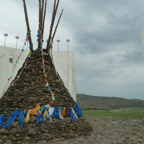 123 monument Karakorum